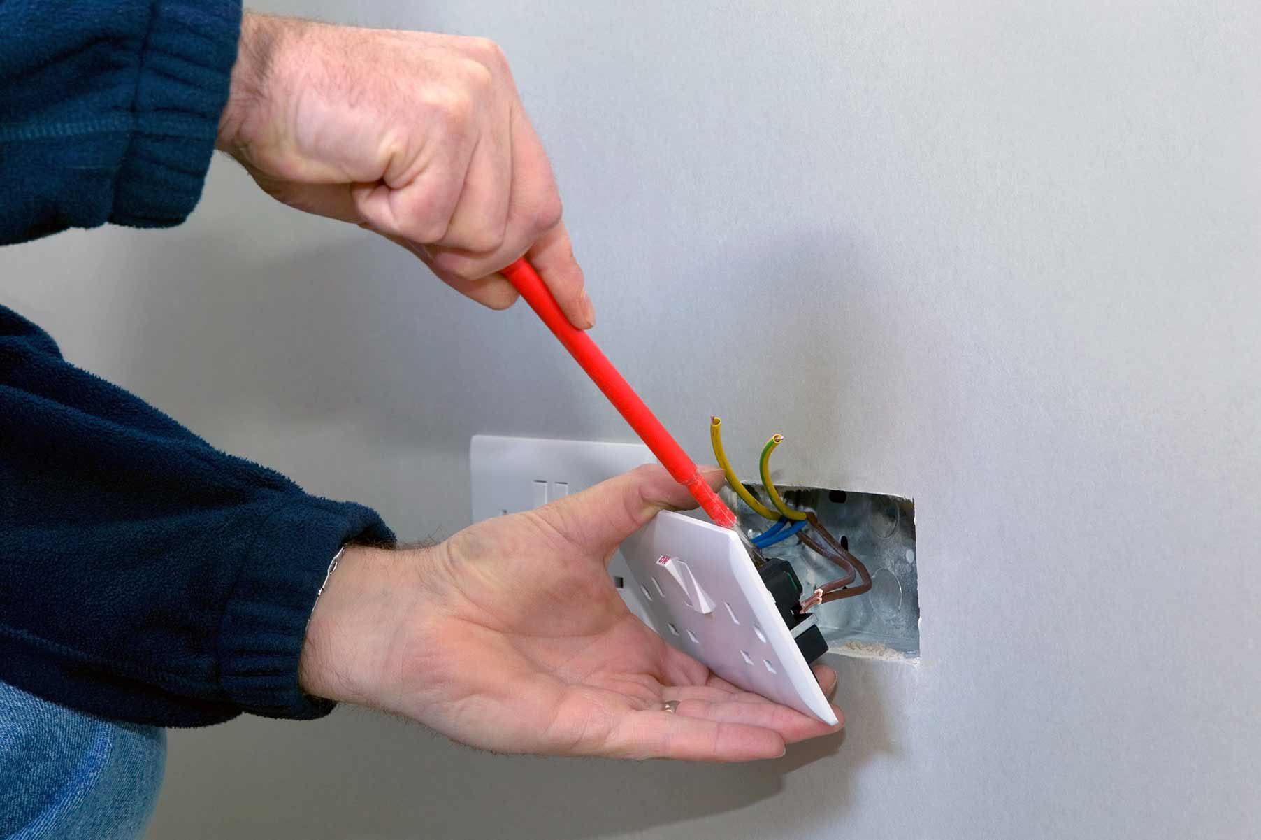 Our electricians can install plug sockets for domestic and commercial proeprties in South Norwood and the local area.